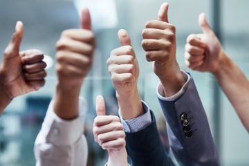 Success thumbs up